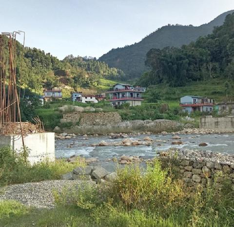 सेतीदोभान पुल ७ वर्षमा २० प्रतिशत मात्रै निर्माण, स्थानीयबासी समस्यामा